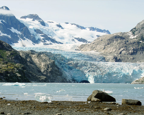 Glacier viewing on corporate Alaska charters Prince William Sound